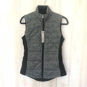 Zelos packable performance vest NWT